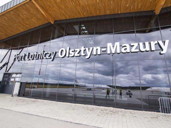 lotnisko Olsztyn-Mazury, lotnisko Szymany